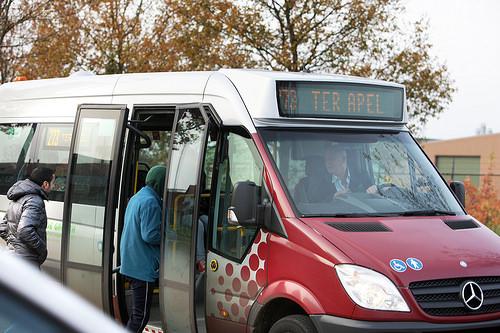 cc Flickr directie voorlichting venj photostream Busvervoer van en naar asielcomplex Ter Apel